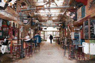 budapest-ruin-pubs-szimpla-1024x682